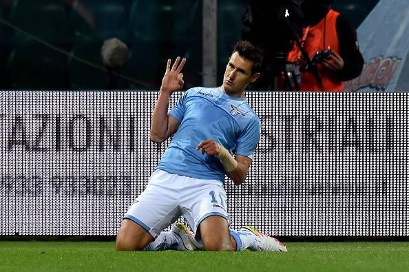 Il Napoli ci ripensa: torna in pista il nome di Klose
