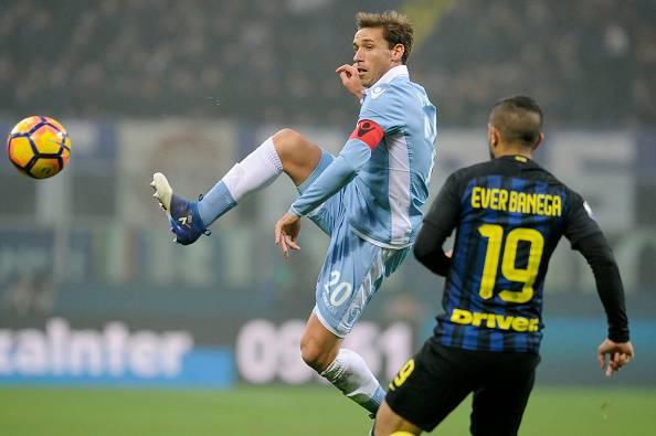 Banega Cina, Cannavaro offre 25 milioni di euro