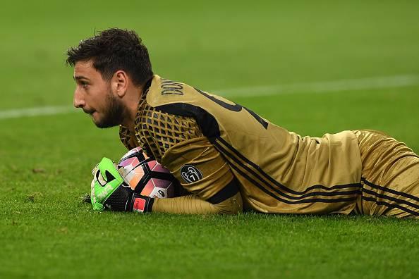 Juventus-Milan, Donnarumma è una furia: