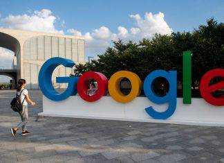 Chiude Google+