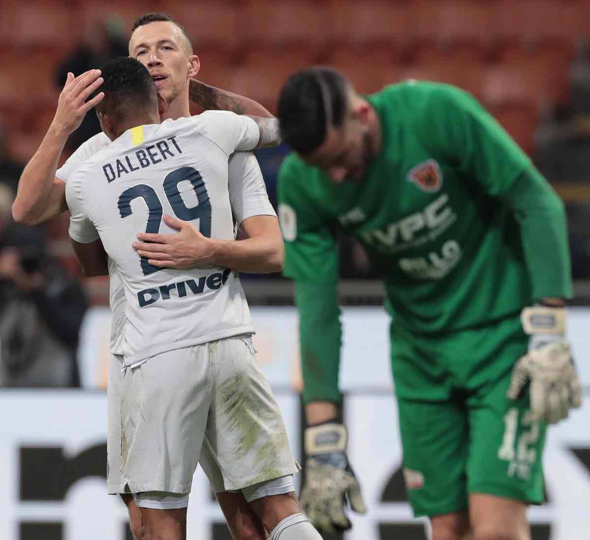 calciomercato Inter Perisic Dalbert Kolarov Roma