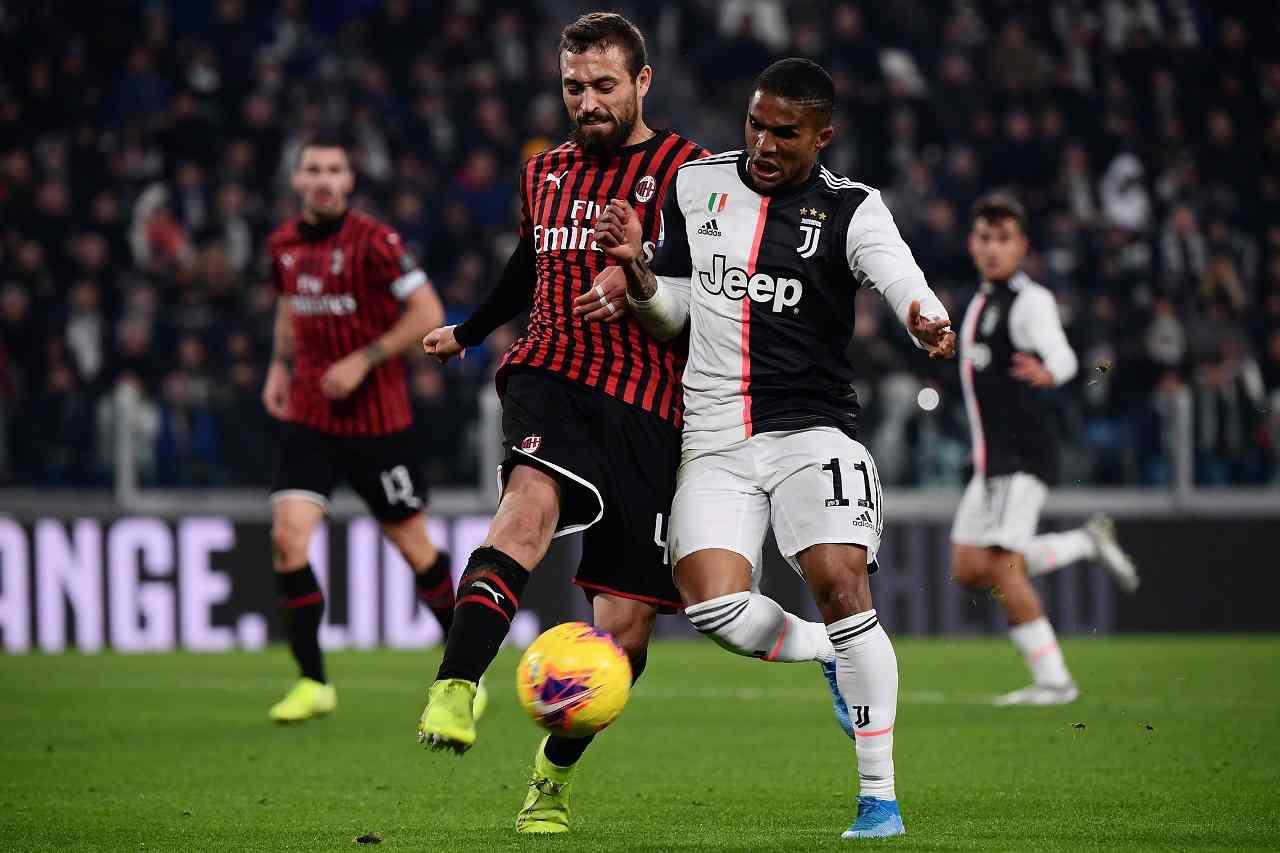 Calciomercato Milan, Duarte out 4 mesi: Foyth del Tottenham nel mirino, proposto anche a Roma e Torino