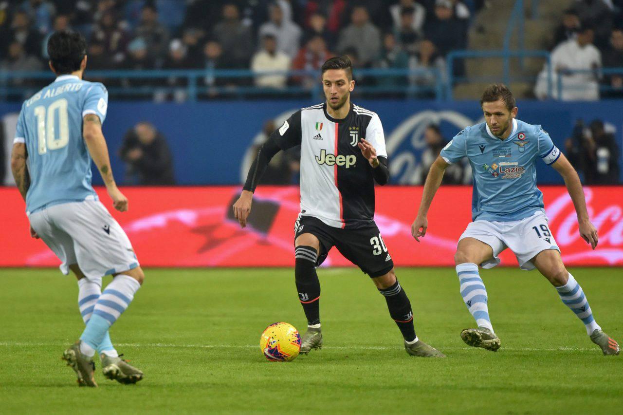 Juventus-Barcellona, in stand-by scambio Bernardeschi-Rakitic: manca accordo su conguaglio