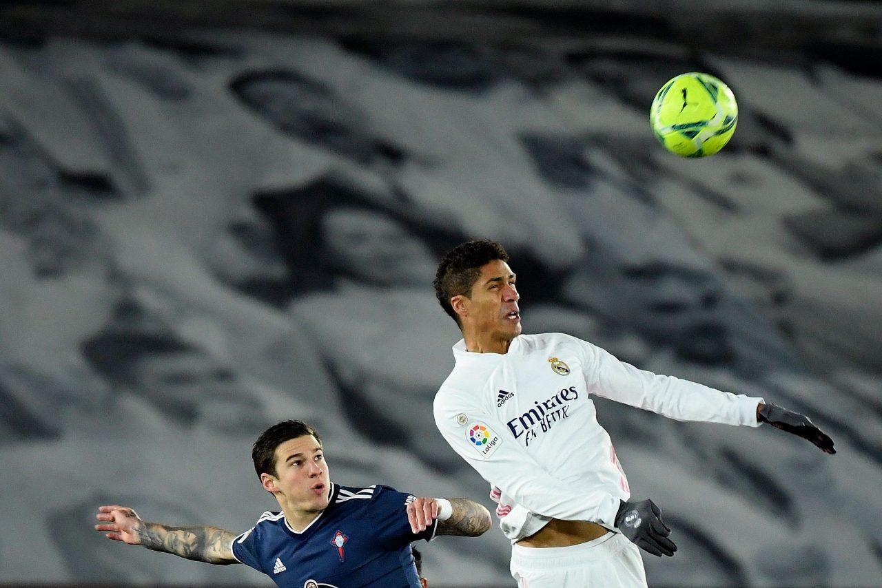 Calciomercato Juventus, Varane in uscita dal Real Madrid: scambio con Demiral