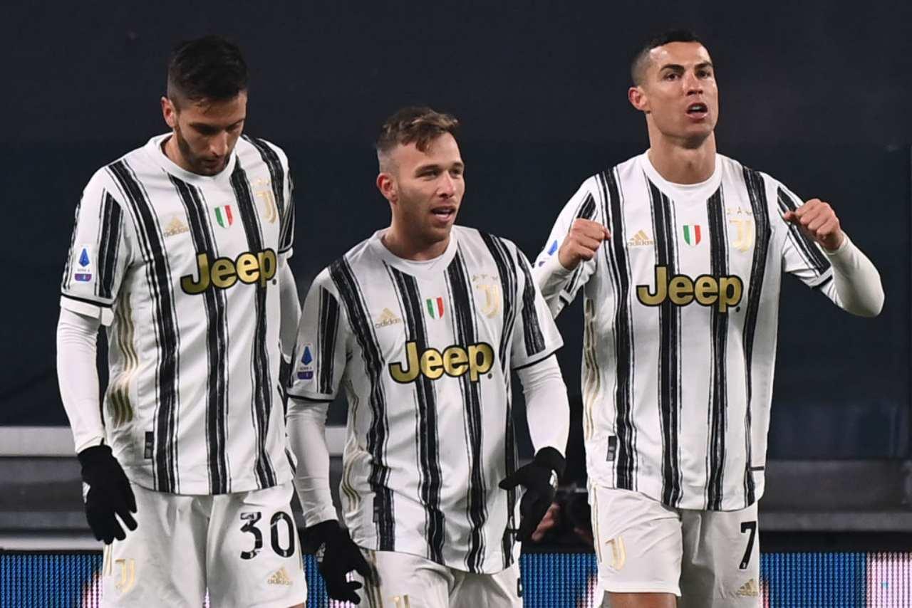 Juventus, pochi gol dal centrocampo | Numeri da retrocessione