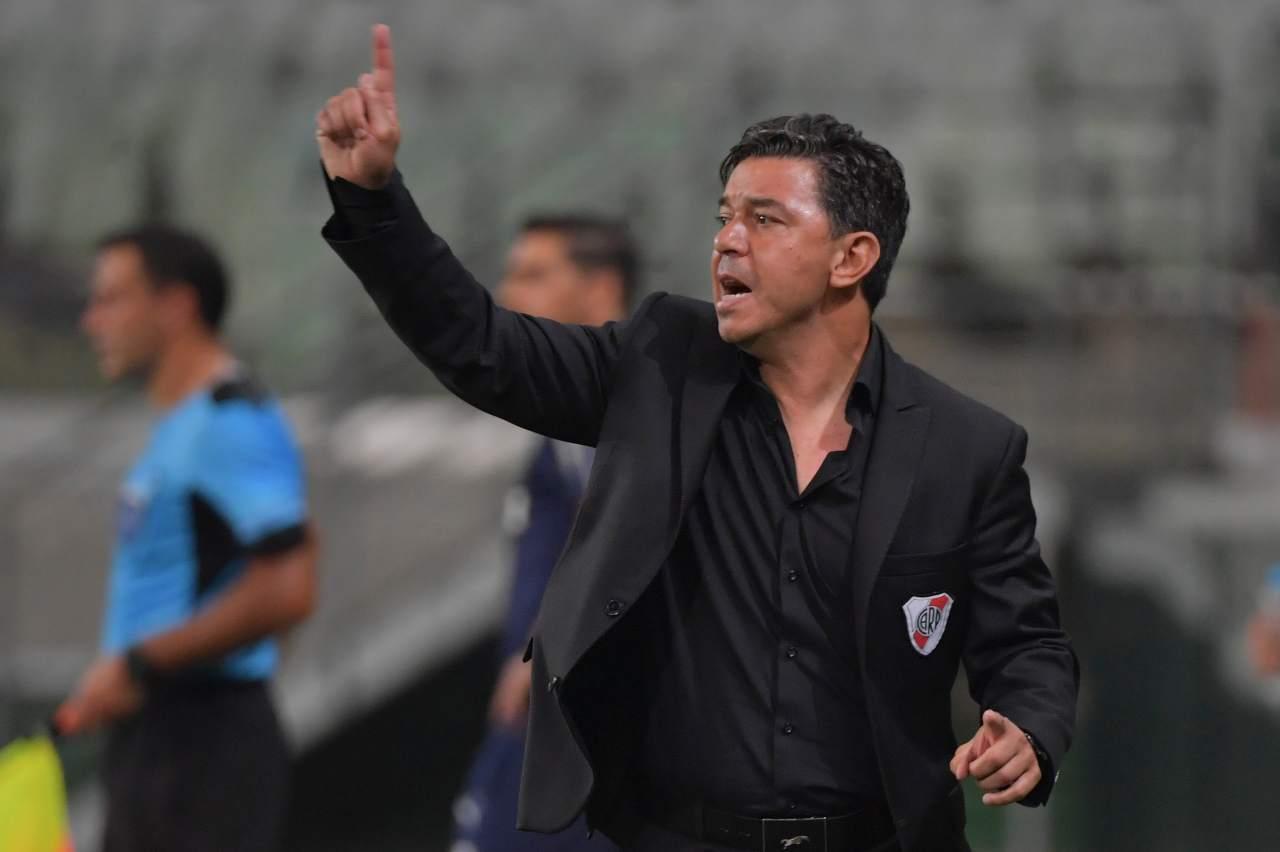 Calciomercato Napoli e Roma, allenatore dal Sudamerica | La suggestione