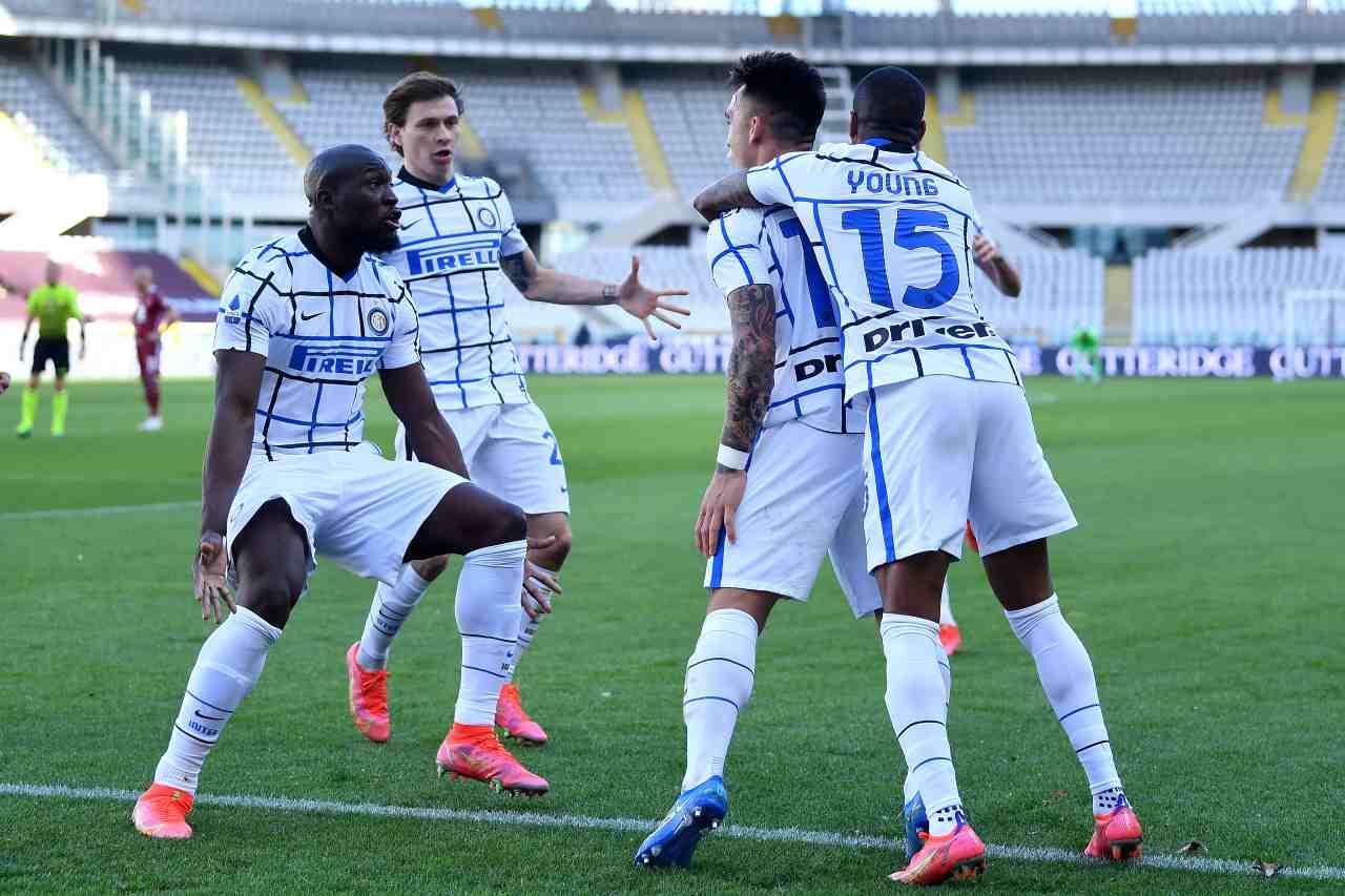 Serie A, l'Inter soffre e passa con Lautaro Martinez. Roma KO