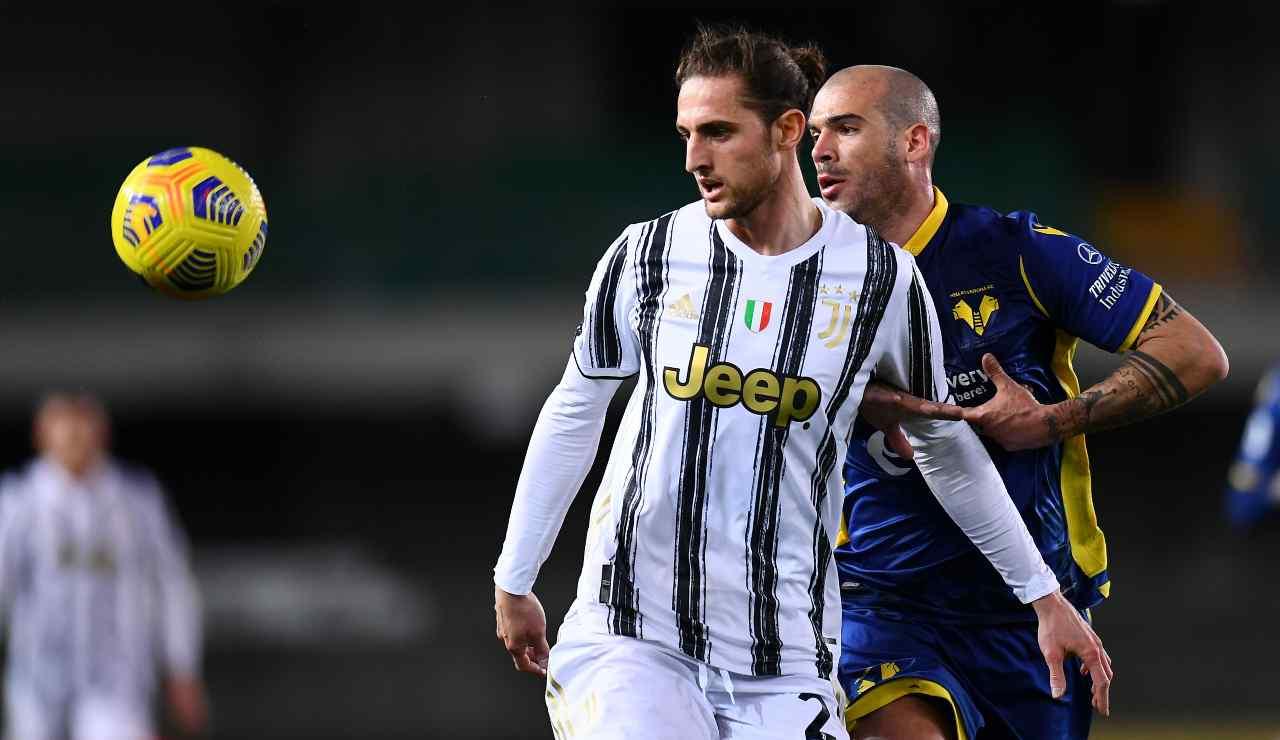 Adrien Rabiot in campo con la Juventus