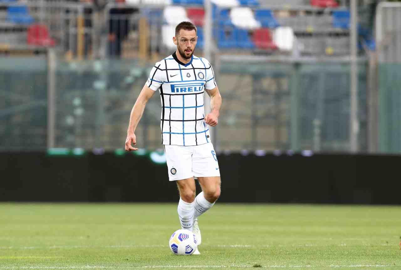 Calciomercato Inter, pericolo scadenza contrattuale per de Vrij