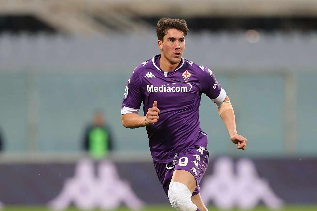 Inter Vlahovic Juventus Tottenham Paratici Lautaro Fiorentina