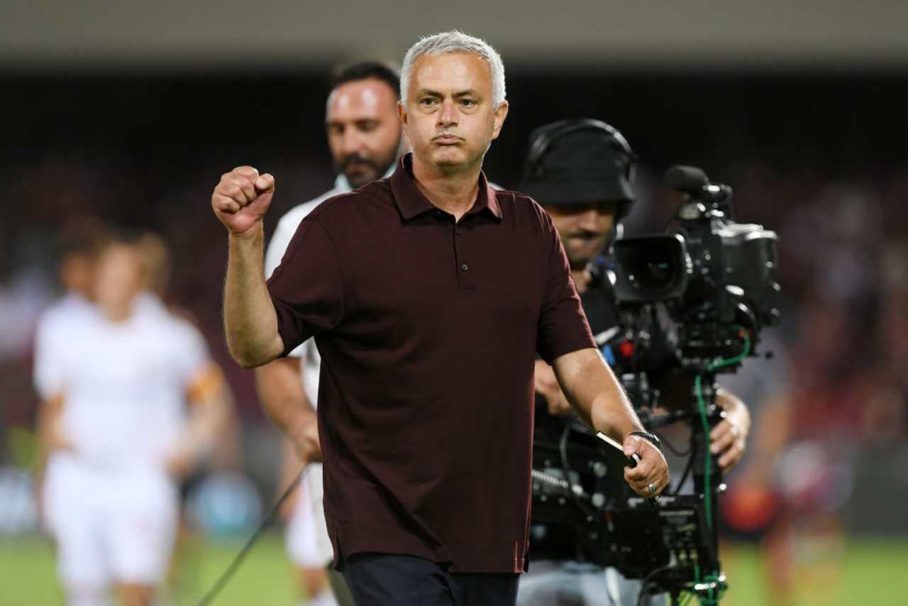 Mourinho attacca l'arbitro
