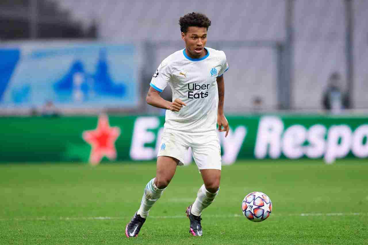 Milan, Kamara per il dopo Kessie: duello con la Juve