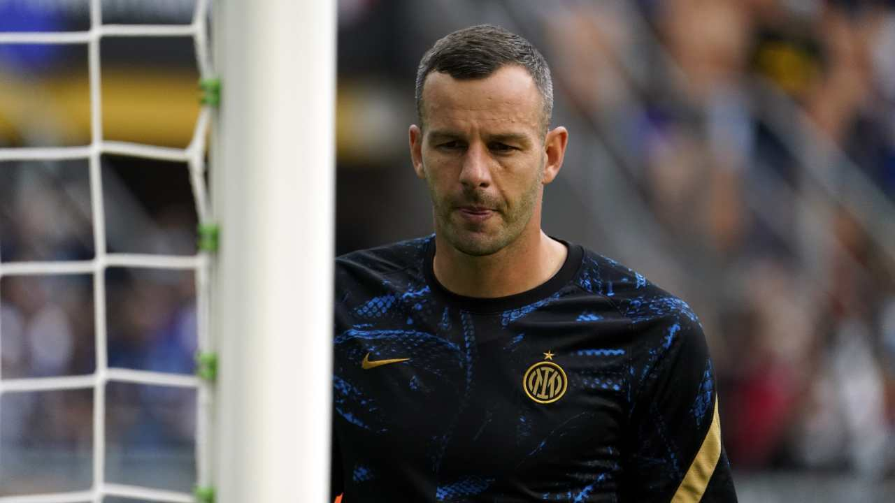 Handanovic Calhanoglu Inter