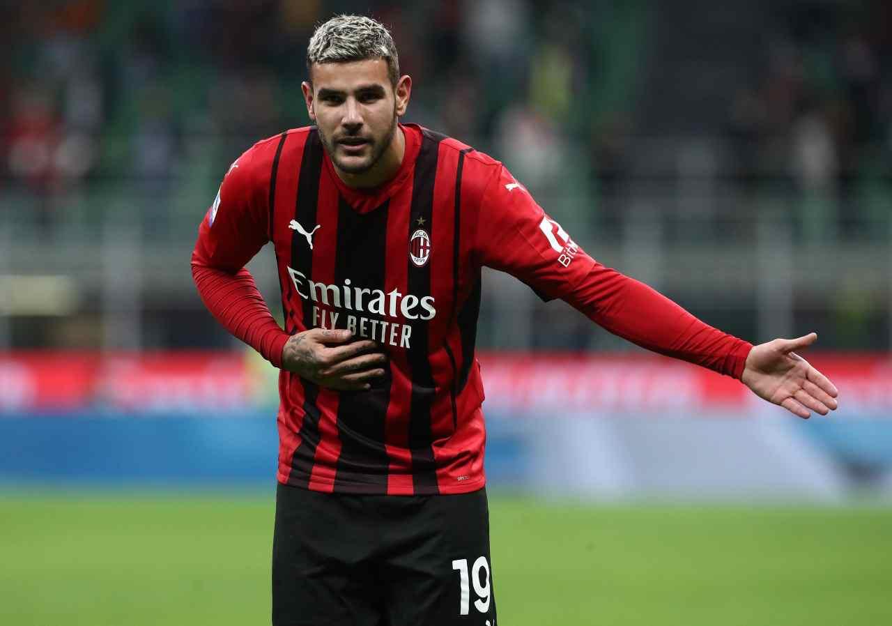 Calciomercato Milan, Theo Hernandez nel mirino del Chelsea: doppia proposta 'folle'